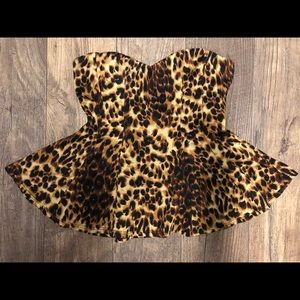 Woman's Cheetah Print Crop Top